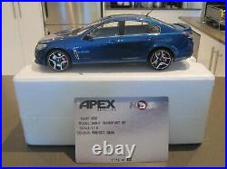 118 Apex Holden Commodore Gen-f Hsv Clubsport R8 Perfect Blue New 1 Of 420